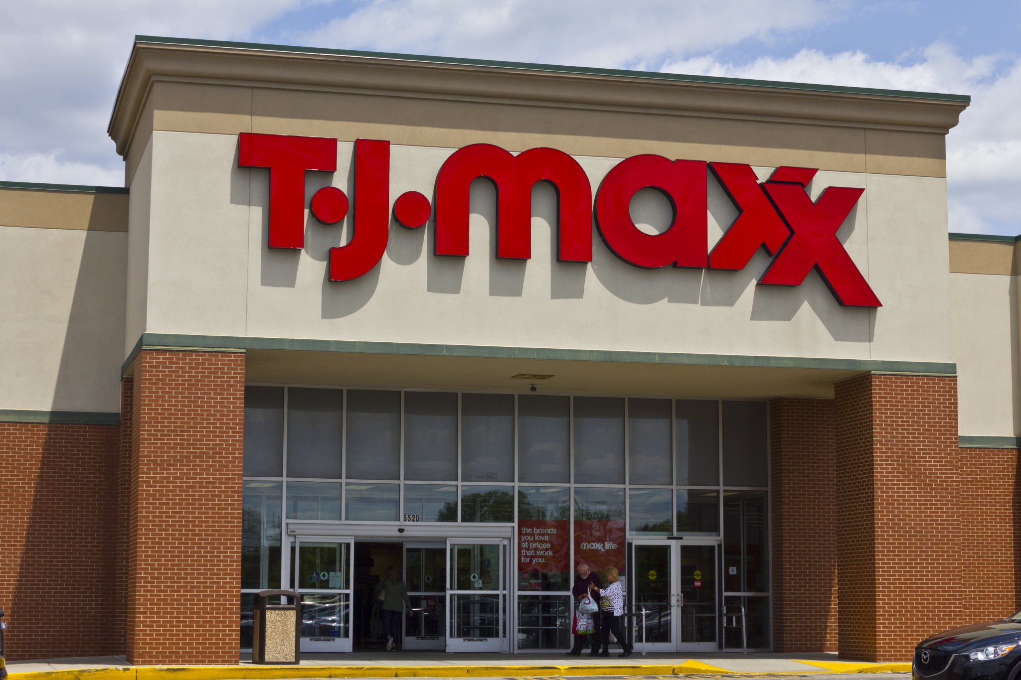 T.J. Maxx Black Friday [year] Ad, Deals and Sales【70% OFF】 2